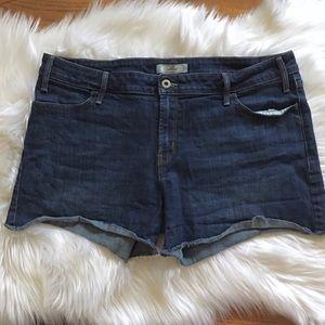 ✂️LEVI'S Cut-Off Jean Shorts